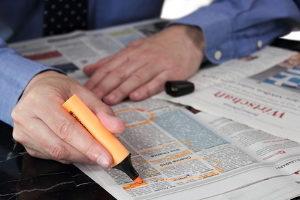 Printanzeigen können für Anwälte positive Effekte haben.
